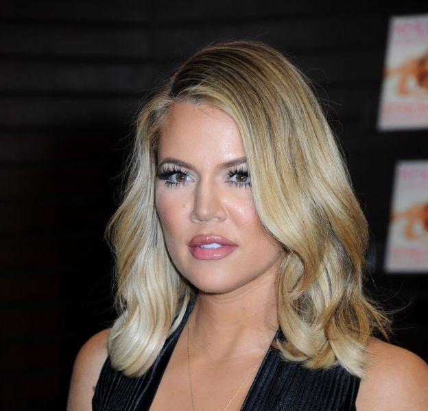 Khloe Kardashian : fière de sa silhouette, elle n'hésite pas à montrer ses fesses.
