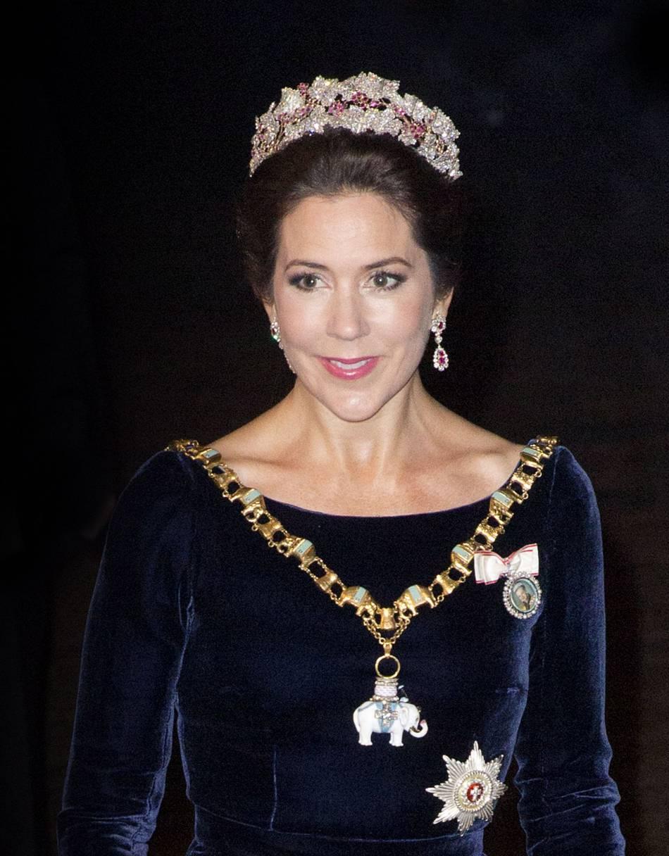 Mary de Danemark est considérée comme l'une des têtes couronnées les mieux habillées du monde .