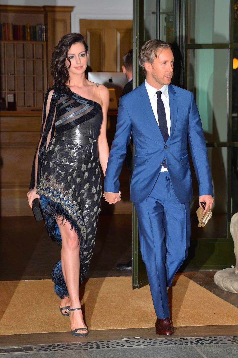 Anne Hathaway Style Of Fashion