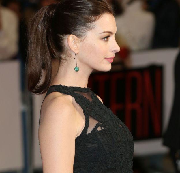 Anne Hathaway, enceinte de son premier enfant.