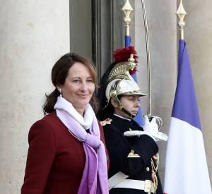 Tendance et élégante, Ségolène Royal démarre l'année 2016 du bon pied.