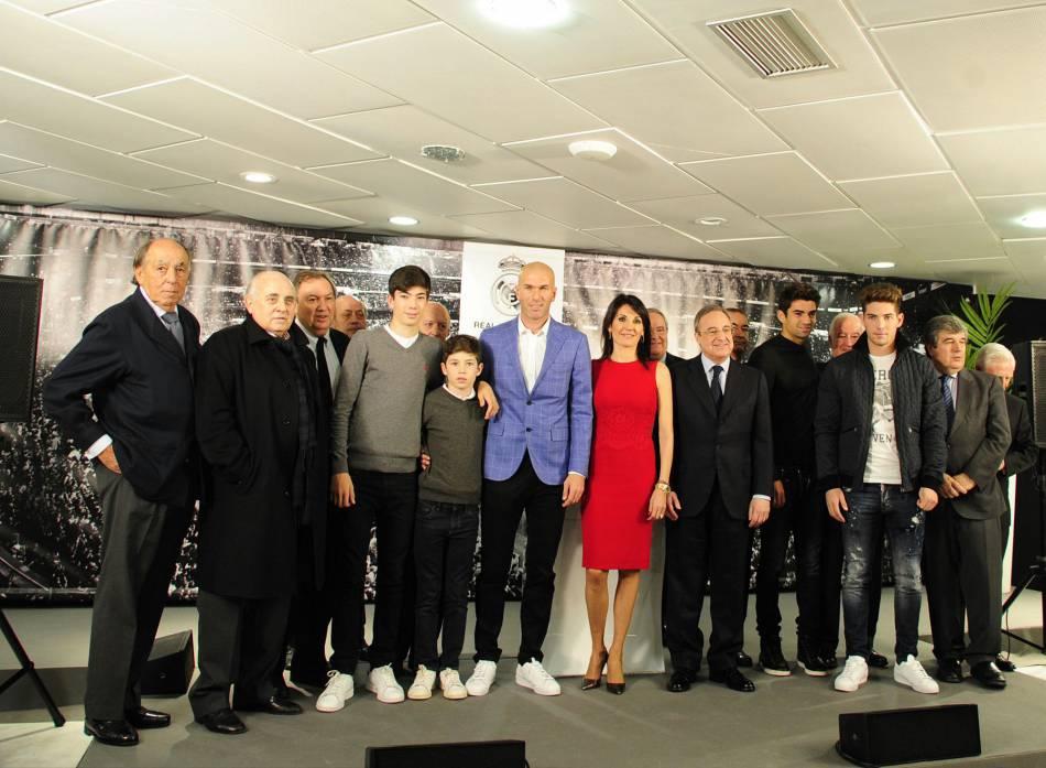 Zinedine Zidane en conférence de presse en Espagne.