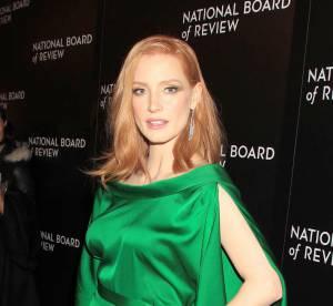 Jessica Chastain : un canon de beauté dans sa robe émeraude