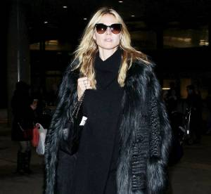 Heidi Klum : le total look noir avec fourrure... À copier !
