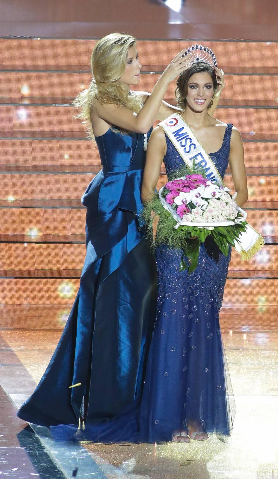 Le 19 décembre 2015, Camille Cerf a remis sa couronne à Iris Mittenaere, Miss France 2016.