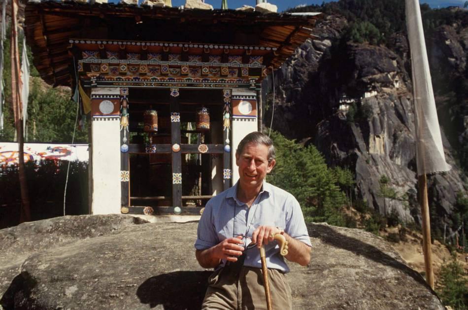 En février 1998, le prince Charles s'était rendu au Bhoutan.