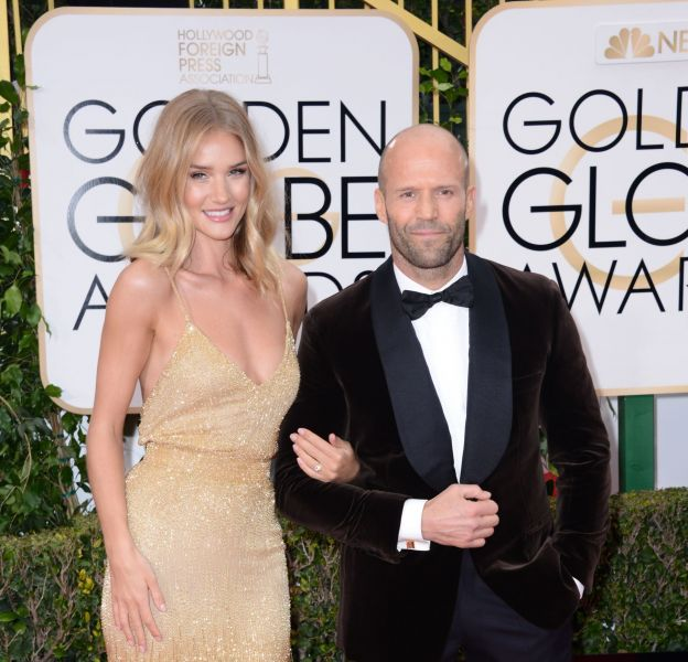 Rosie Huntington-Whiteley et Jason Statham se sont fiancés.