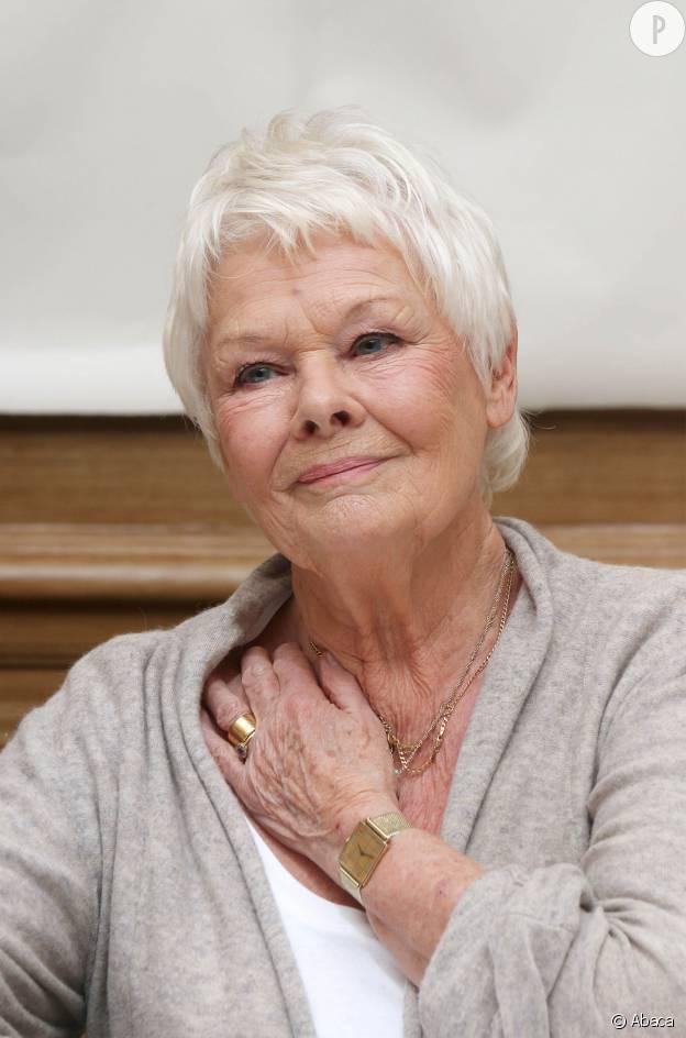 Très Françoise Hardy, Lio, Helen Mirren 10 stars qui assument leurs  RE58
