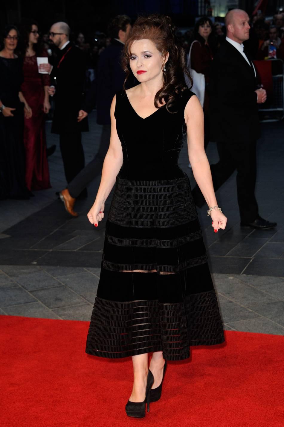 Helena Bonham, deuxième femme de ce classement, se hisse à la 26ème position avec 2,5 milliards d'euros.