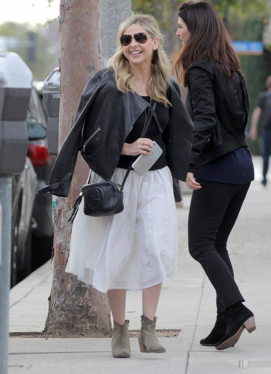 Sarah Michelle Gellar nous inspire avec son interprétation de la jupe en tulle à la Carrie Bradshaw.