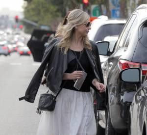 Sarah Michelle Gellar a de l'allure dans les rues de Los Angeles.