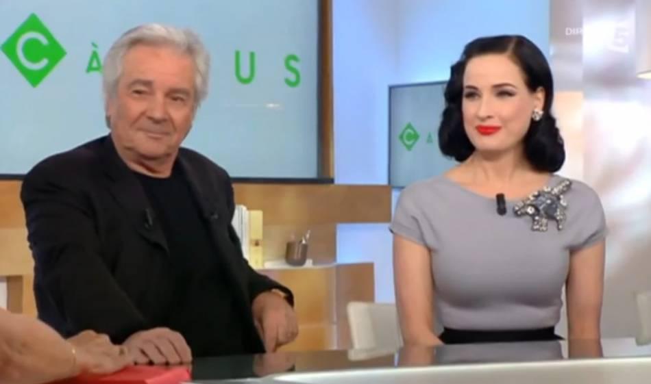 """Dita Von Teese a fait sensation lors de son passage sur le plateau de l'émission """"C à vous"""" sur  France 5 , ce jeudi 14 janvier 2016."""
