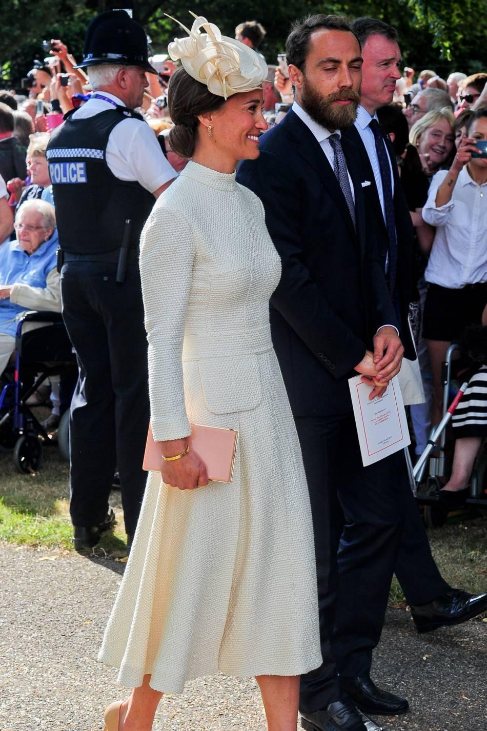 Pippa Middleton aurait décidé d'essayer la vie à deux avec James Matthews.