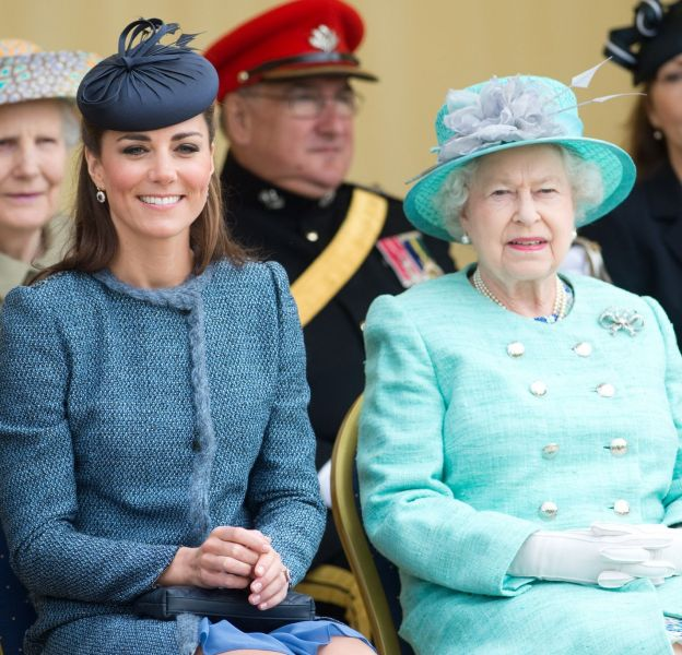 Elizabeth II veut que Kate Middleton trouve un travail.