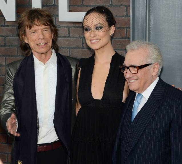 """Olivia Wilde aux côtés des deux grands manitous de """"Vinyl"""" Mick Jagger et Martin Scorsese lors de l'avant-première new-yorkaise le 15 janvier 2016."""