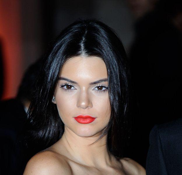 Kendall Jenner fait monter la température en coulisses du talk-show de sa soeur Khloe.