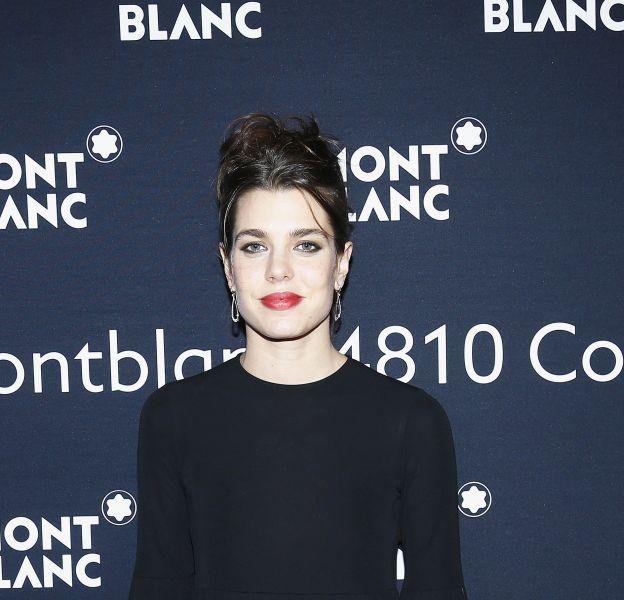Charlotte Casiraghi, ravissante égérie Monblanc en petite robe noire.