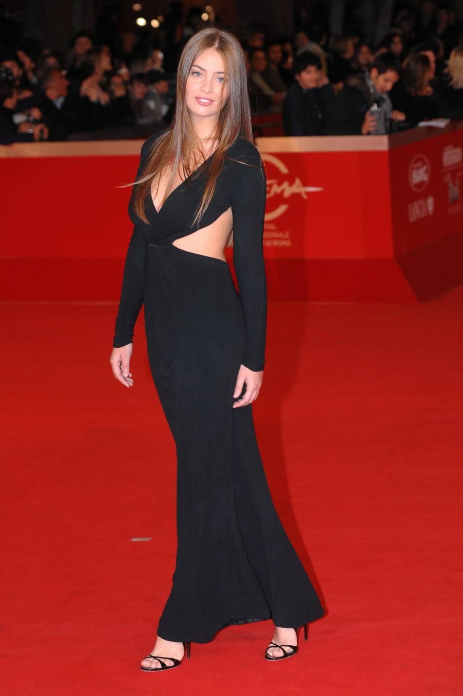 La jeune femme est sortie de l'ombre de sa grande soeur Laetitia en 2010.