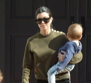 Kourtney Kardashian : une maman canon et stylée pour une sortie en famille !