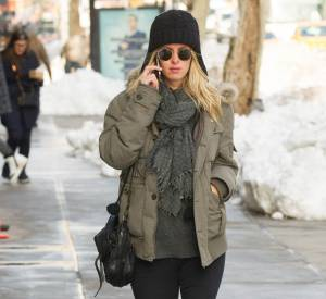 Nicky Hilton opte pour les bottes Hunter pour ne pas glisser dans la neige à New York.