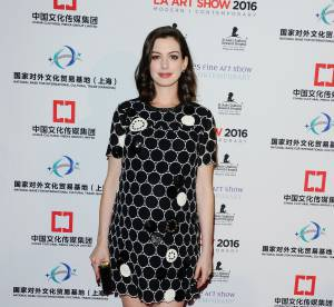 Anne Hathaway : une future maman canon et ultra branchée !