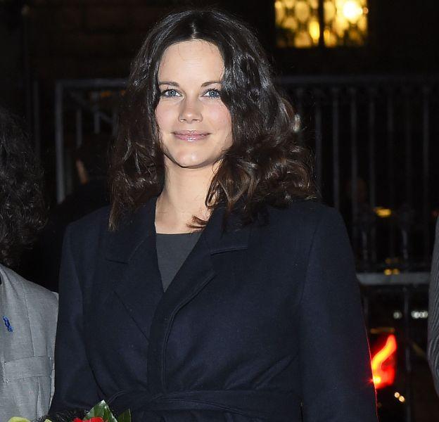 Sofia de Suède adopte une coiffure plus naturelle, beaucoup moins sophistiquée.