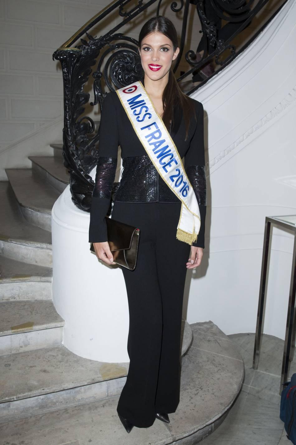 Iris Mittenaere, Miss France 2016,au défilé Haute Couture Printemps-Été 2016Jean Paul Gaultier.