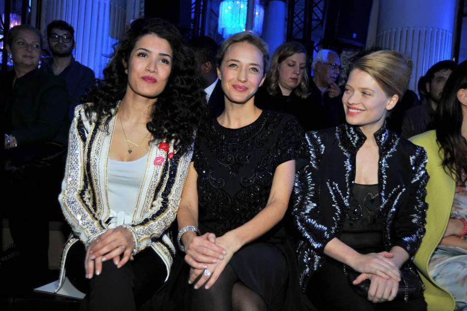 Sabrina Ouazani,Hélène de Fougerolleset Mélanie Thierryau défilé Haute Couture Printemps-Été 2016Zuhair Murad.