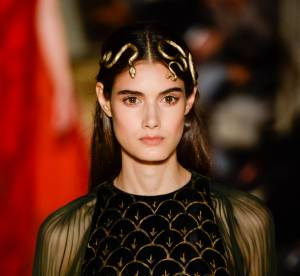 Valentino, Elie Saab... 7 accessoires cheveux de la Haute Couture 2016 à adopter