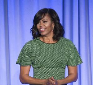 Michelle Obama : radieuse en petite robe légère, la first lady rajeunit !
