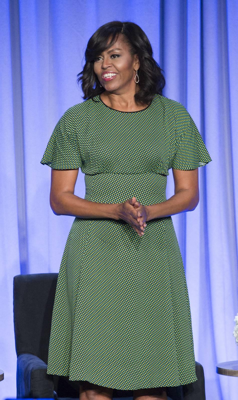 Michelle Obama a participé à une table ronde orgnisée par l'association de la presse magazine américaine pour parler de sa fondation pour l'éducation des jeunes filles.