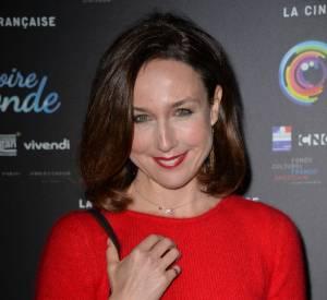 Elsa Zylberstein a sorti son plus beau sourire pour l'ouverture du festival La mémoire du monde, le 3 février à la Cinémathèque de Paris.