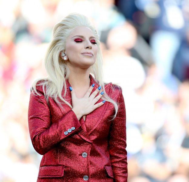 Lady Gaga au Levi's Stadium lors du Super Bowl 2016.
