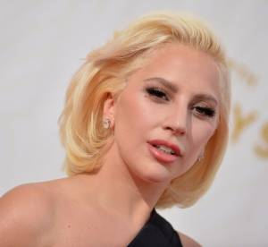 Lady Gaga : égérie sans make up et 70's pour Barneys