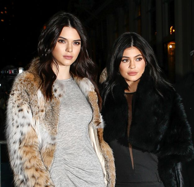 Kendall et Kylie Jenner le 8 février 2016 à New York.