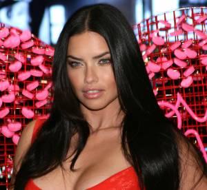 Adriana Lima : valentine et supportrice ultra sexy sur les réseaux sociaux !
