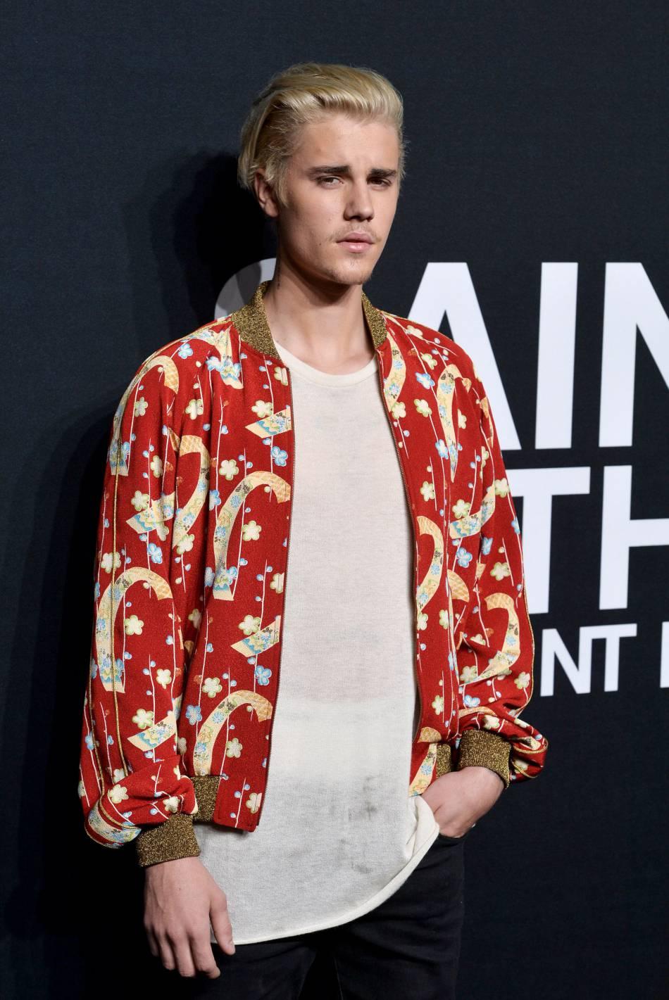 Justin Bieber au défilé Saint Laurent Paris Automne-Hiver 2016/2017, à Los Angeles.