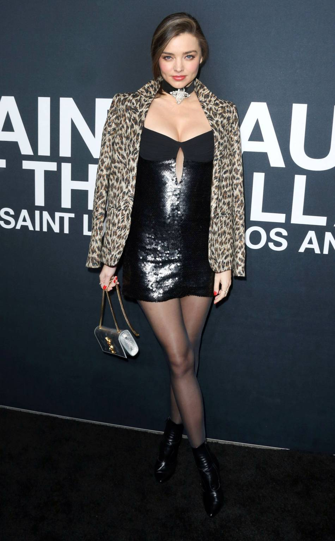 Miranda Kerr au défilé Saint Laurent Paris Automne-Hiver 2016/2017, à Los Angeles.