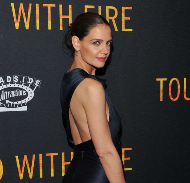 """Katie Holmes lors de la première de """"Touched with fire"""" le 10 février 2016 à New York."""