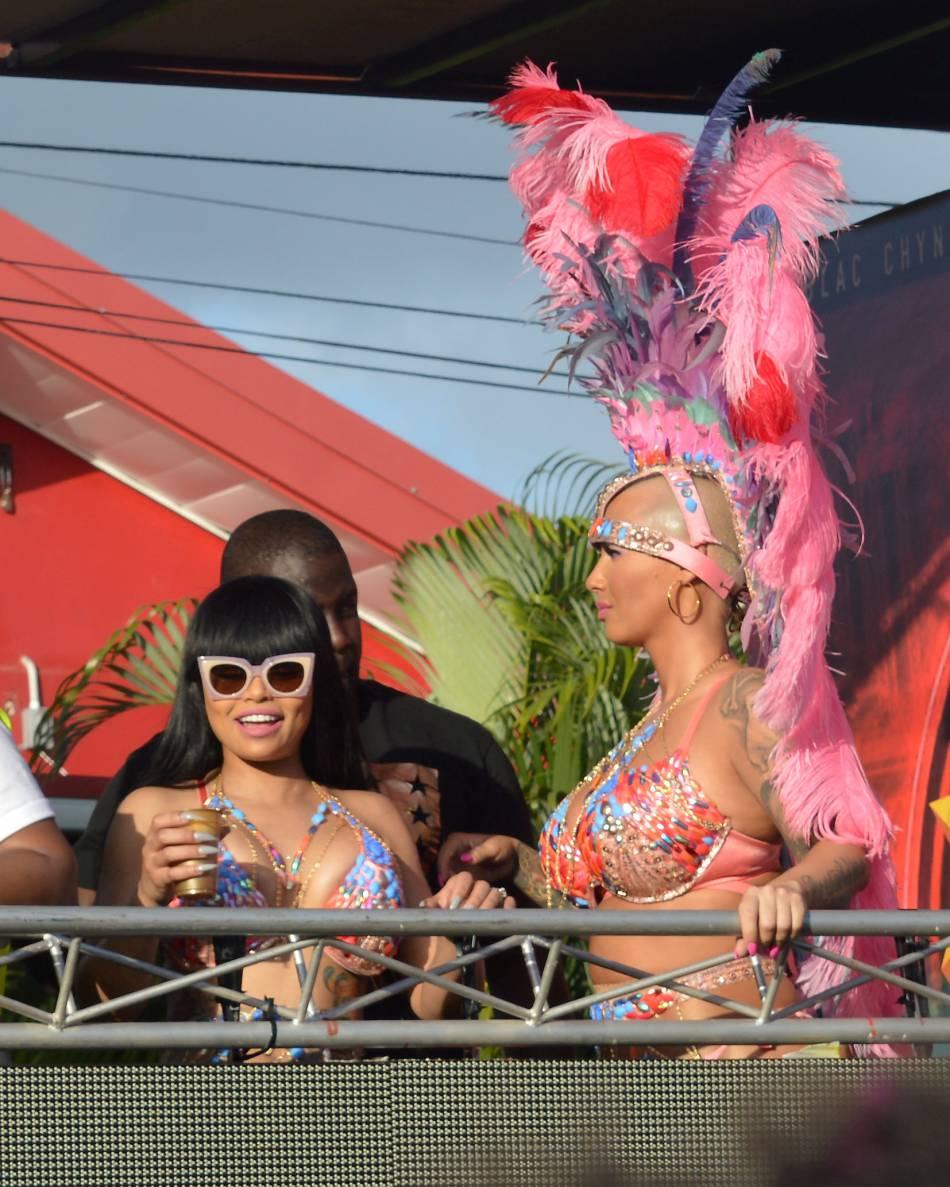 Amber Rose et Blac Chyna plus hot que jamais sur la piste de danse.