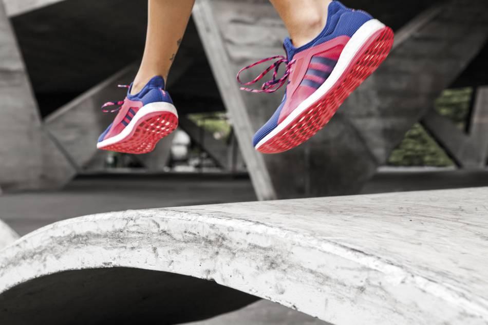 Adidas réinvente la basket avec la Pure Boost X.