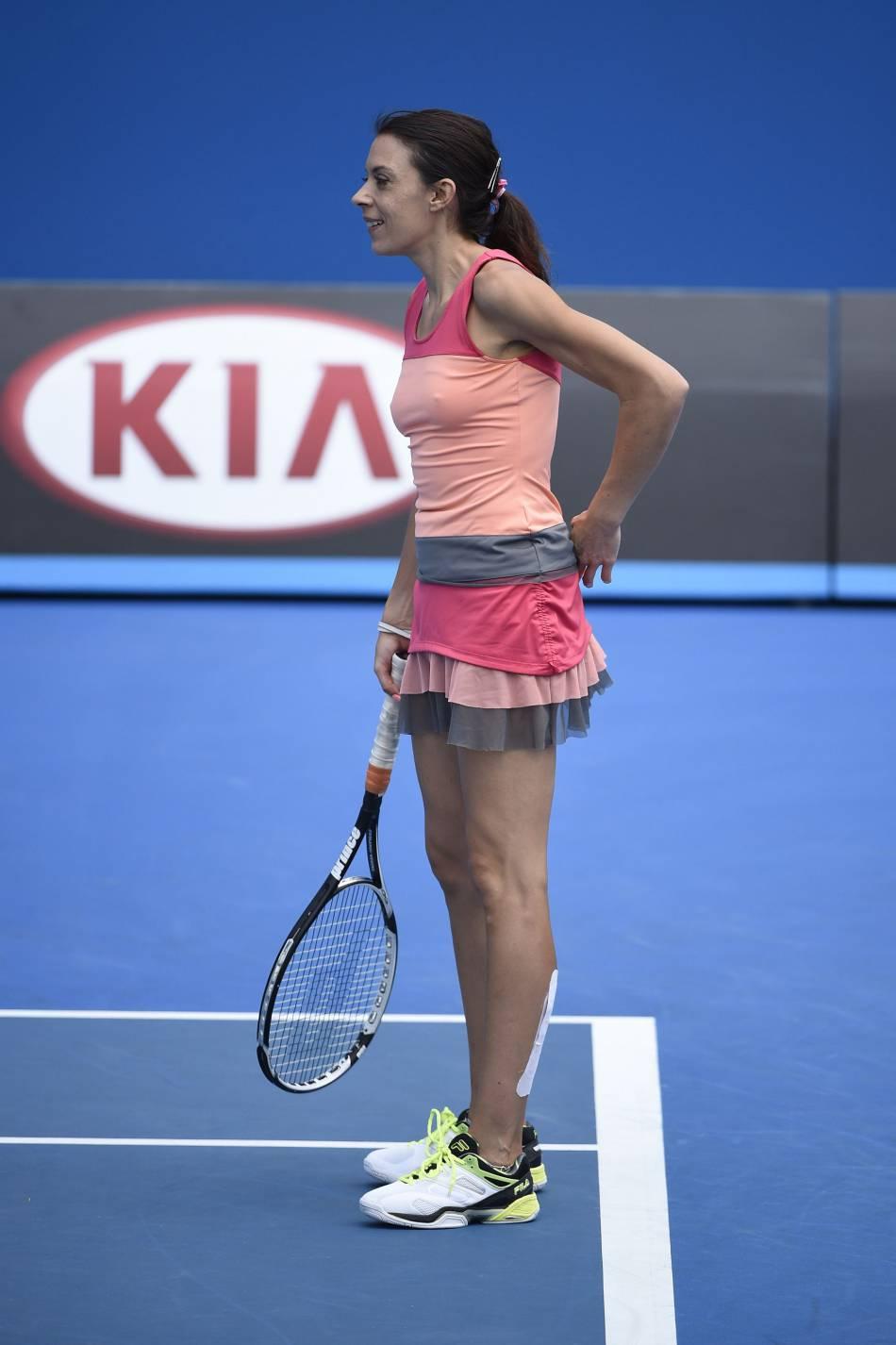 Marion Bartoli a invité Anna Dello Russo à une partie de tennis avec elle. La journaliste au style déluré va-t-elle accepter ?