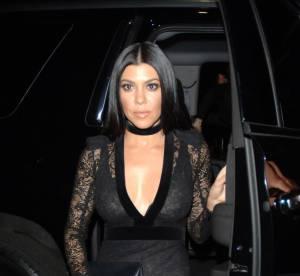 Kourtney Kardashian copie sa soeur Kim et ose la combinaison transparente !