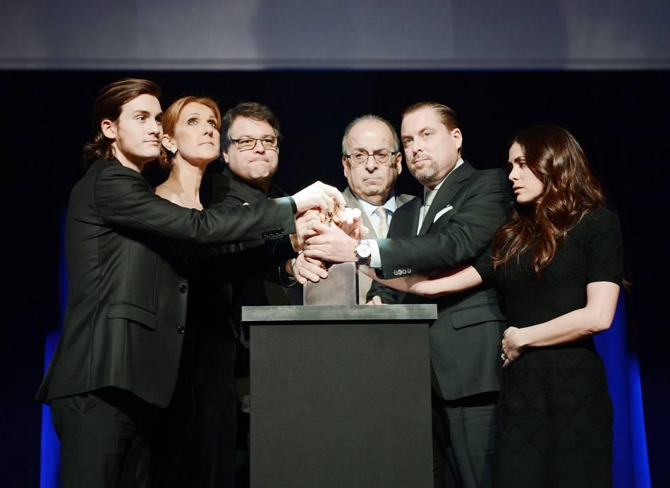 Céline Dion en famille pour rendre hommage à René.