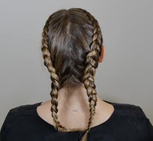 Les Tutos : la tresse cornrow ou coiffure Kardashian en 6 gifs