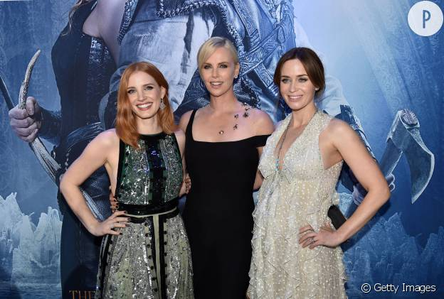 Charlize Theron Jessica Chastain Emily Blunt Trio Canon Pour Chris Hemsworth Puretrend
