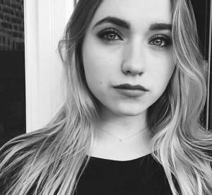 Chloé Jouannet poupée rock : décolleté affolant et clope au bec sur Instagram