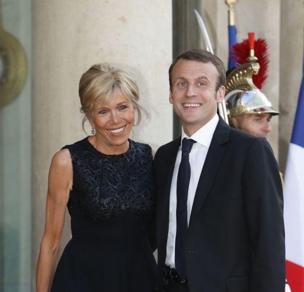 Emmanuel Macron Sa Femme Dresse Le Portrait D Un Chevalier Hors Du Commun Puretrend
