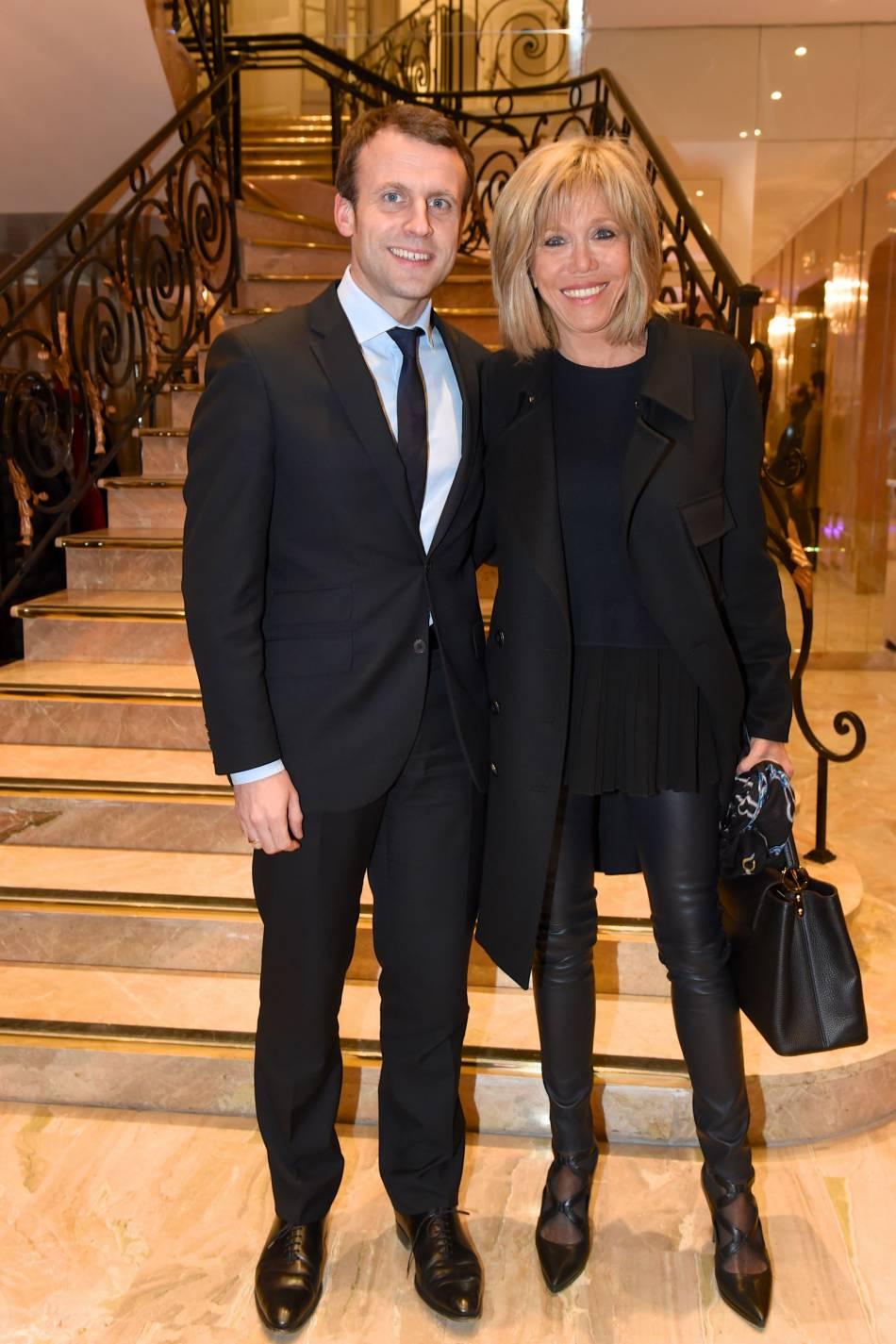 Brigitte et Emmanuel Macron se sont rencontrés au lycée. Elle était enseignante, lui élève.