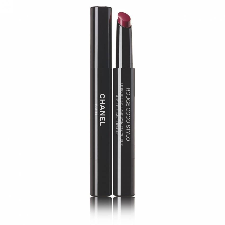 Rouge à lèvres Chanel, 35 euros.